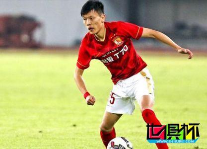 权健新帅敲定首笔国脚级引援 闪耀世俱杯的飞翼已确定加盟