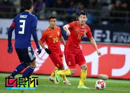打入中国球员世俱杯首球的他已被恩师里皮遗忘,三场比赛零出场!