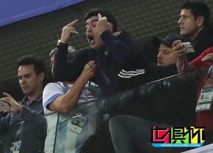 FIFA:希望马拉多纳在观赛时能更文明 体现应有姿态
