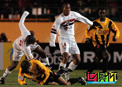 2005世俱杯期间 圣保罗俱乐部主席戈维亚:夺冠后我们各走各路