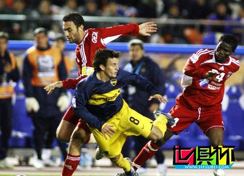 博卡青年1-0击败萨赫勒星 率先闯入2007世俱杯决赛