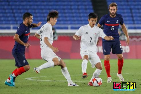 东京奥运会日本队4-0战胜法国队,男足8强全部产生